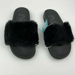 Womens Phoebe Faux Fur Slide Sandals